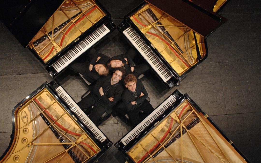Four pianos for Christmas-Concert